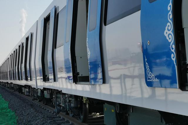 呼和浩特地铁2号线11标盾构区间全部贯通