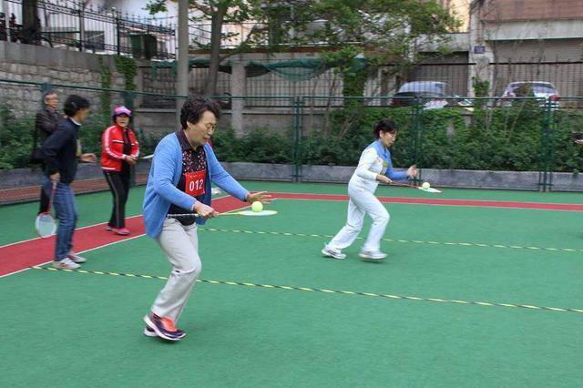 通辽市第三届老年人运动会开幕式在市民广场举行