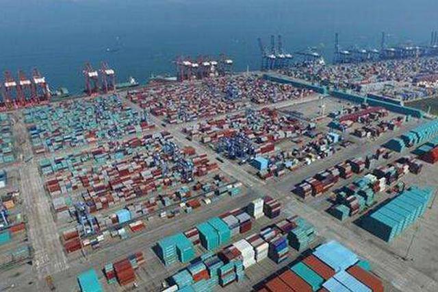 满洲里综保区首批平行进口汽车出区销往天津