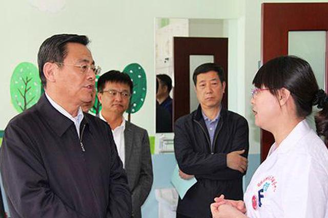 内蒙古自治区人大常委会现场督办代表建议办理工作