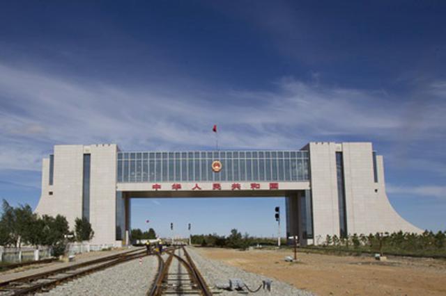 2019年二连浩特公路口岸短途进口矿产品达33.9万吨