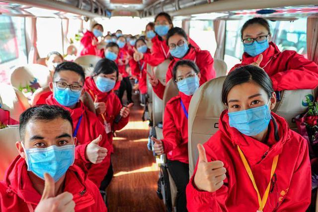 内蒙古:援鄂英雄回家