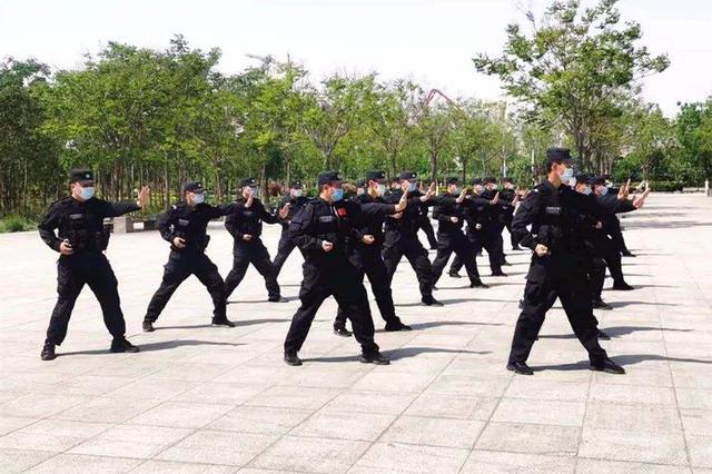 """包头市公安局:战""""疫""""一线民警休养提升大练兵"""