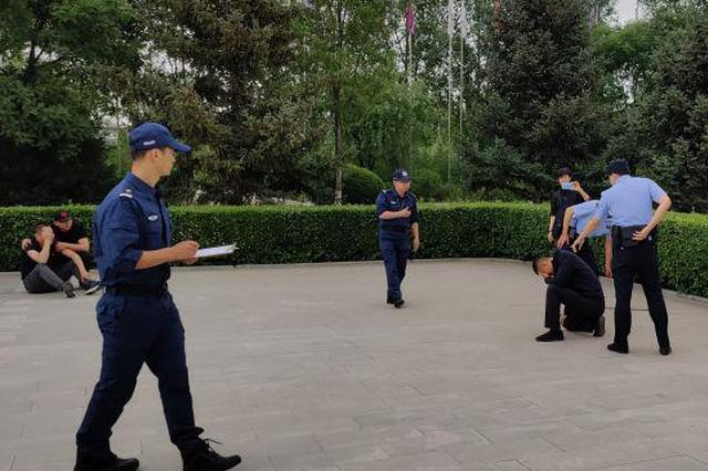 呼和浩特:全警实战大练兵 派出所迎来蓝军教官团
