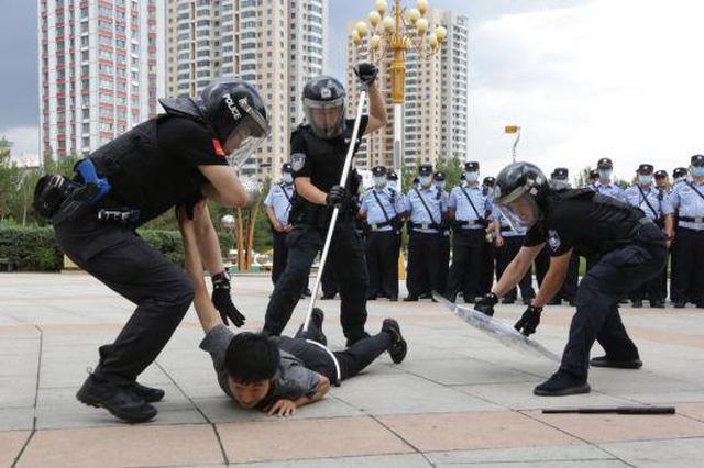 呼伦贝尔海拉尔公安分局常见警情处置现场教学活动