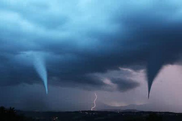内蒙古自治区一地遭遇龙卷风袭击 致33人受伤