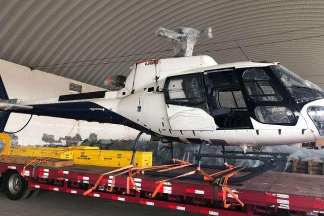 中蒙最大陆路口岸再次出口一架空客直升飞机