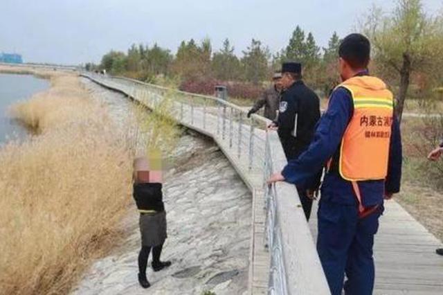 科左中旗公安局巡逻民警成功救助一名轻生女子