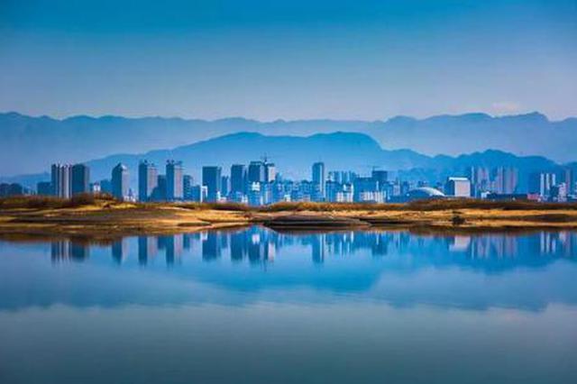 爱上内蒙古 丨 冬天的第一眼美景 云赏乌海湖