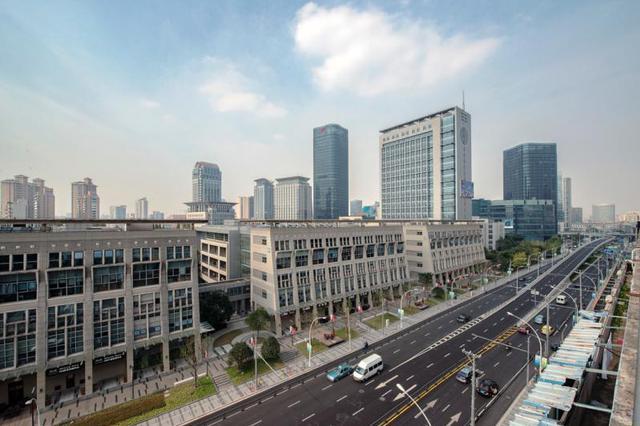 乌兰浩特市三家创业基地被评为盟级创业孵化基地