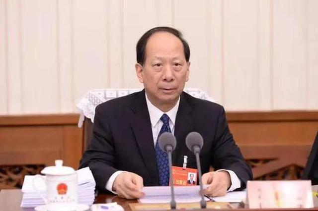内蒙古十三届人大常委会第二十三次会议开幕