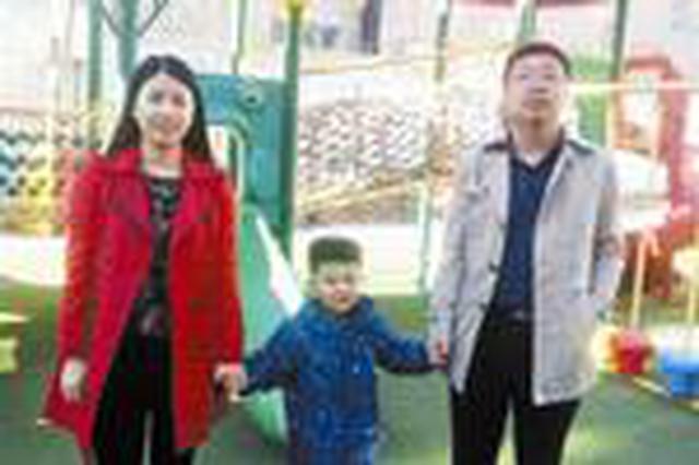 通辽市管秀娜和王超大力帮扶开鲁县六合村贫困户