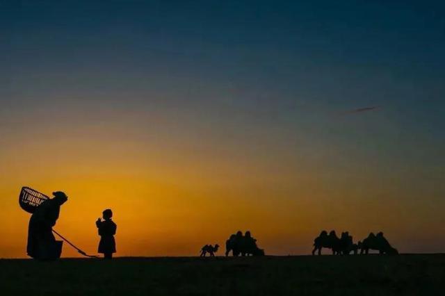爱上内蒙古 | 乌珠穆沁草原 已经感知到春的讯息