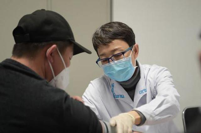全国政协委员咏梅:推进蒙药材保护 促进蒙医药发展