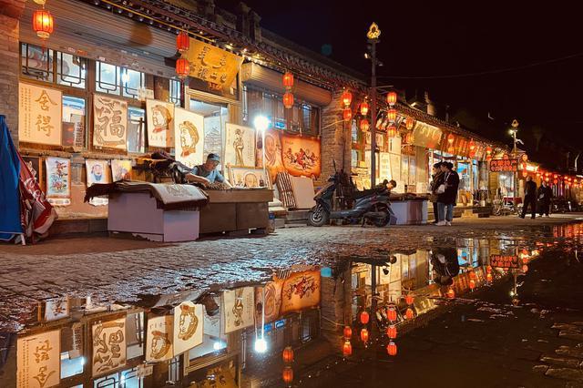 呼和浩特市:大召夜色