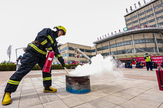 鄂尔多斯市消防救援支队将消防宣传融入民族文化