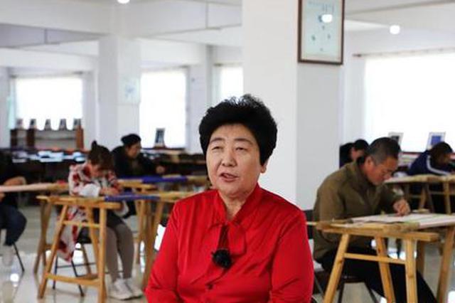 """探访""""中国蒙古族刺绣文化之乡"""":草原绣娘用针尖刺破贫困"""