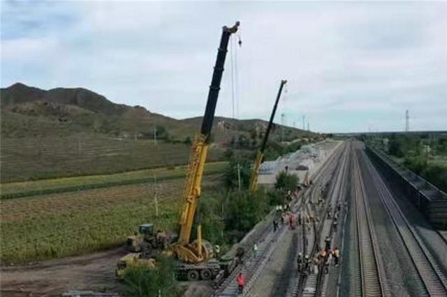 内蒙古:集通线大哲段首个站改施工顺利完成