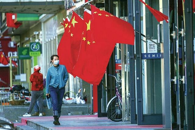 """兴安盟:满城尽是""""中国红"""" 国庆氛围""""别样浓"""""""
