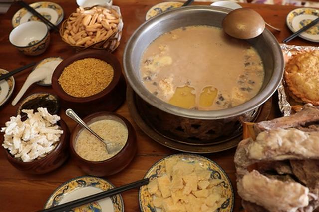 """内蒙古的蒙古族早餐 丰富中突显""""硬""""美味"""