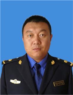 张海军 男 呼和浩特市环境卫生管理局渣管科新城队中队长