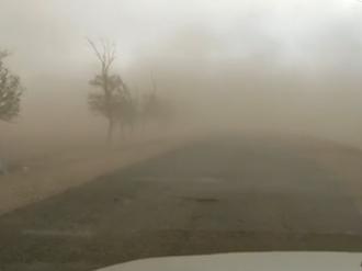 内蒙古多地沙尘天气