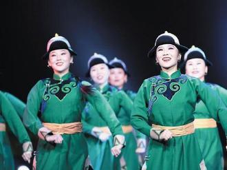 首届内蒙古民间舞蹈大赛落幕