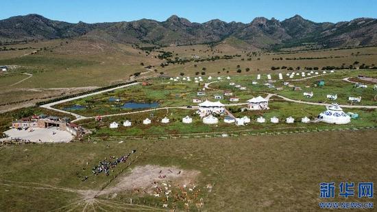 这是9月11日拍摄的内蒙古自治区盲人那达慕活动现场(无人机照片)。