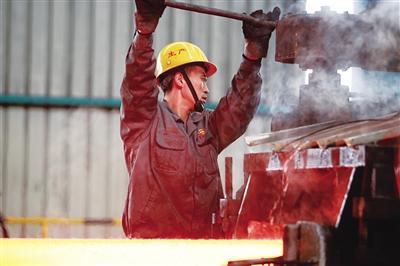 乌兰浩特钢铁厂产品升级。