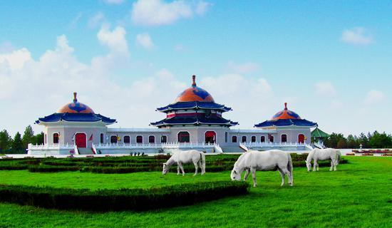内蒙古网红打卡地 丨 鄂尔多斯市成吉思汗陵旅游区