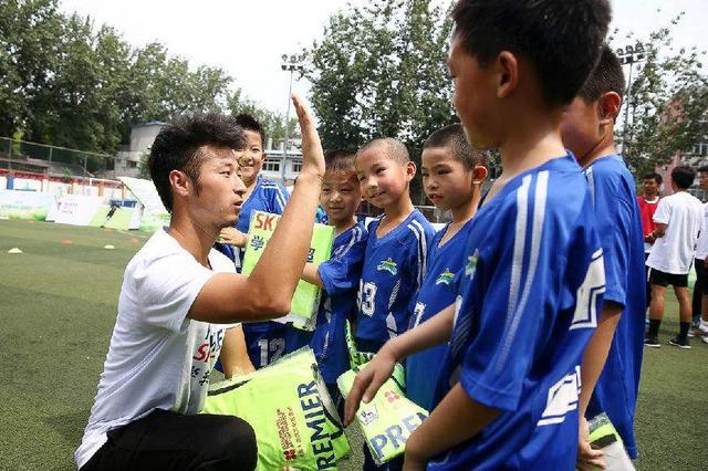 去年内蒙古培训足球教练员2606人