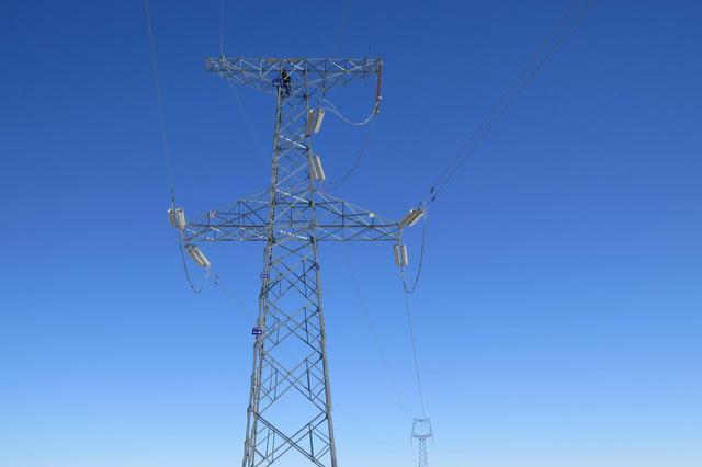 2017年内蒙古电力售电同比增加214.23亿千瓦时