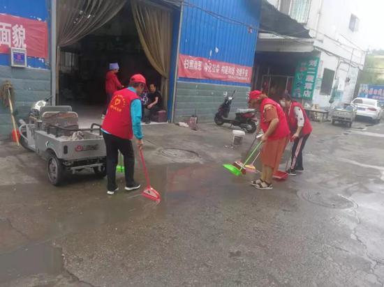 市地震局志愿服务风采