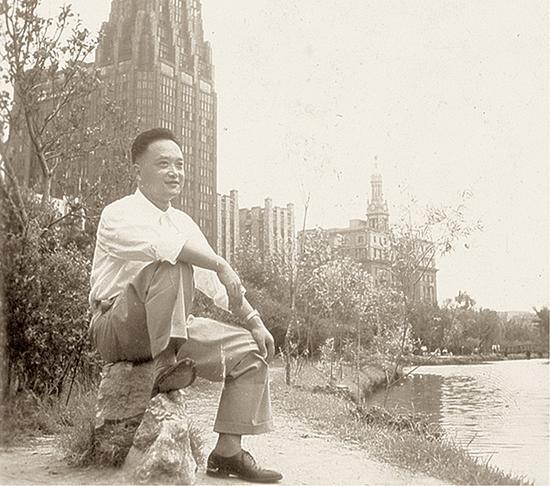 赵冷月20世纪50年代初期留影。