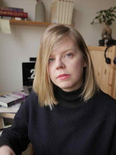 译者安娜·霍姆伍德在瑞典家中的书房。(译者本人提供)