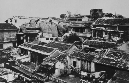 清代1875年,第一家梅记茶行开设于厦门轮渡附近的水仙路