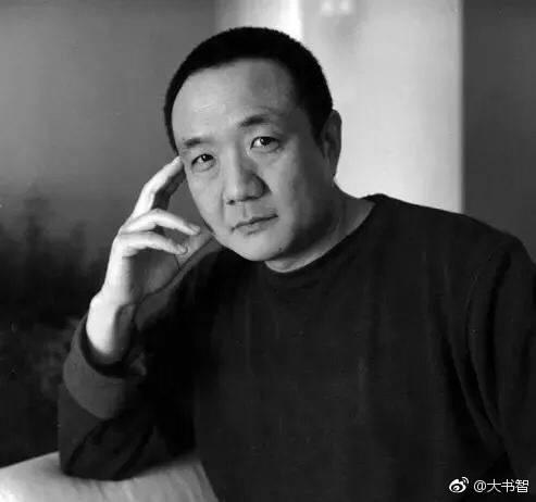 赵钢,毕业于长春光学精密机械学院。