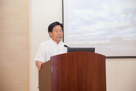 中国文化旅游摄影协会副会长张桐胜先生致辞