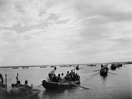 水上游击队,冀中。摄影:石少华