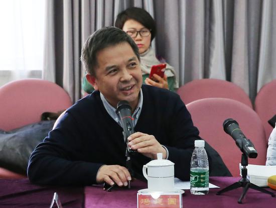 冯建国在研讨会上发言。摄影:徐申