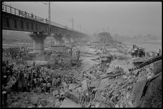 陕西西安霸桥 2002