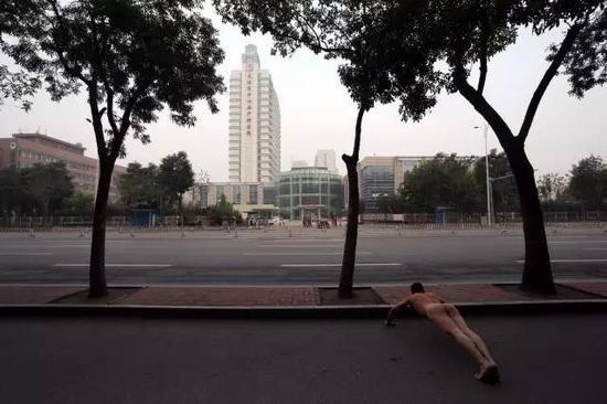 """《那一刻》2013年9月16日 天津""""第一口奶""""事件"""