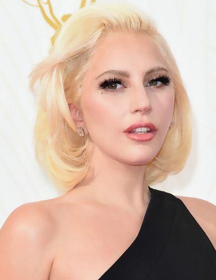 Lady GaGa新单曲九月发行 新专辑群星助阵