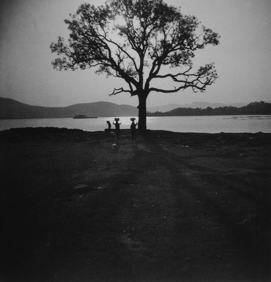 《印度记忆》系列,走路的女人,Annu P.Matthew,1997