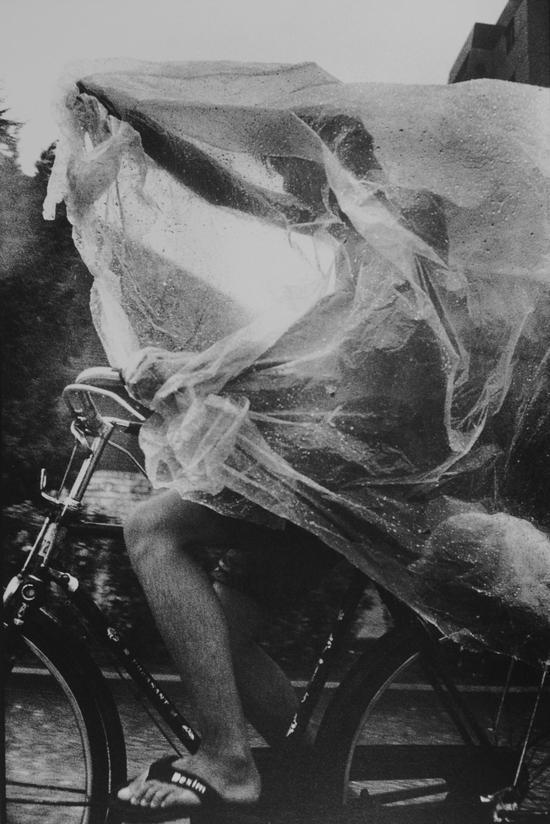 《自行车,中国人》系列,王彤作品,1993-1998