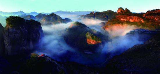 武夷山 摄影:余泽岚