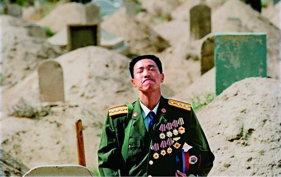 英雄探妻,1992年 袁学军