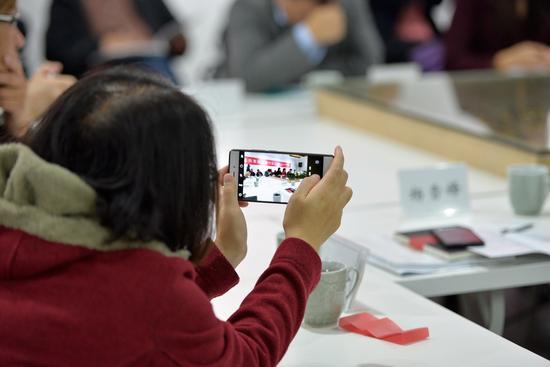 摄影共享经济研讨会现场。 周星宜 摄 (2)