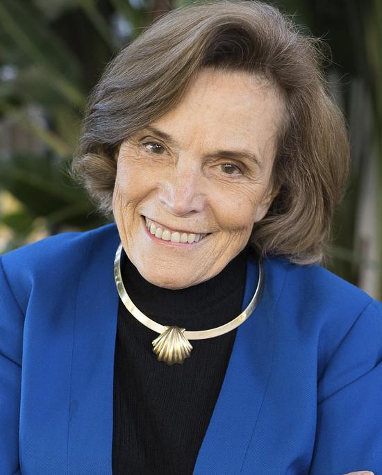 西尔维亚·厄尔 (Sylvia Earle)
