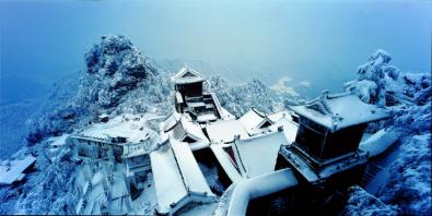 周梅生武当山紫金城 ,2008年。